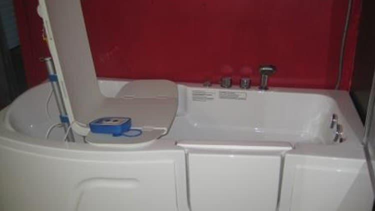 Amazing Minivator Bath Lift Battery Model - Luxurious Bathtub Ideas ...